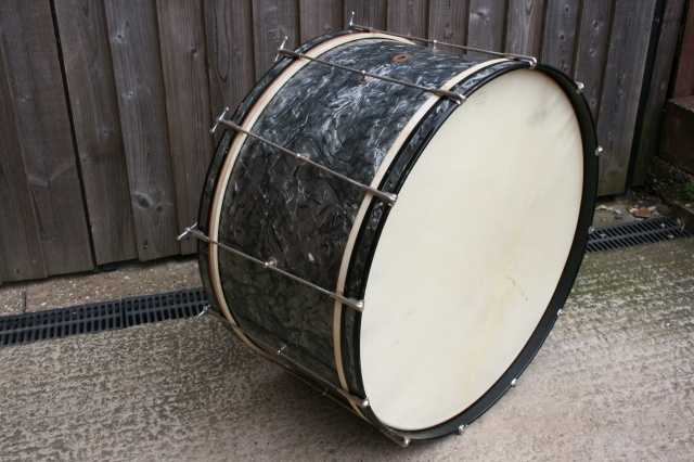 Slingerland 1930's 'Cloud Badge'  RadioKing 28'' Bass Drum