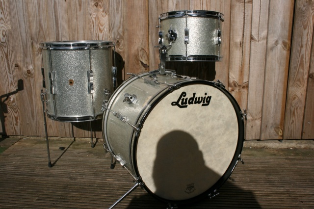 Ludwig 1965 Clubdate Outfit