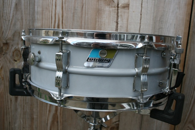 Ludwig 1979 Acrolite 'Rounded' Blue&Olive Badge