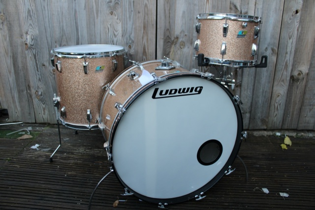Ludwig Mid 70 Pro Beat Outfit in Champagne Sparkle