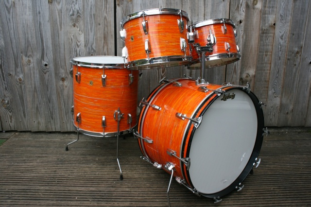 Ludwig 'Mar1 1968' Hollywood Outfit in Mod Orange