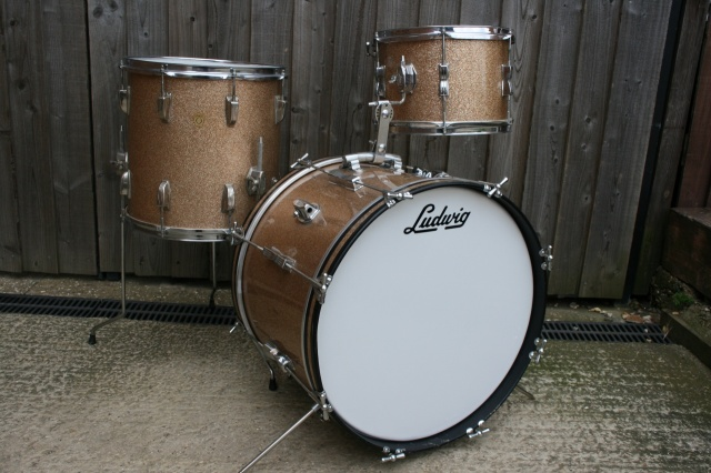 Ludwig 1966 Clubdate Outfit