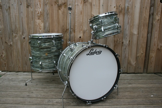 Ludwig 1964 Super Classic in Blue Oyster