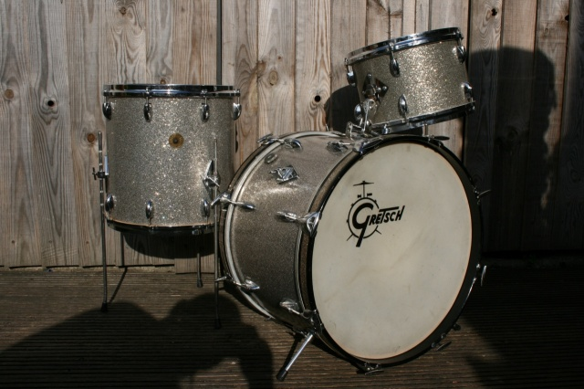 Gretsch '60's Round Badge 'Progressive Jazz' Outfit in Silver Sparkle