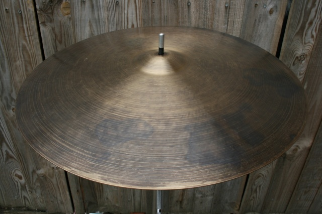 Cymbal and Gong 'Holy Grail' 24'' K 2542g
