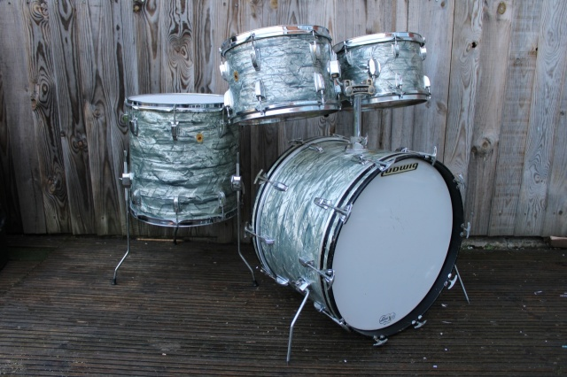 Ludwig 'Aug21 1968' Hollywood Outfit in Sky Blue Pearl