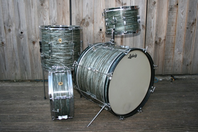 Ludwig 1966 'Clubdate' Outfit with Pioneer in Oyster Blue Pearl