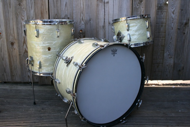 WFL 'Buddy Rich' Super Classic Outfit in White Marine Pearl