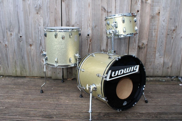 Ludwig 'Jan 2002 Classic Maple Jazzette in Silver Sparkle