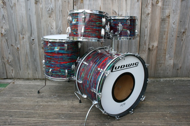 Ludwig 'Oct 1970' Big Beat Outfit in Psychedelic Red