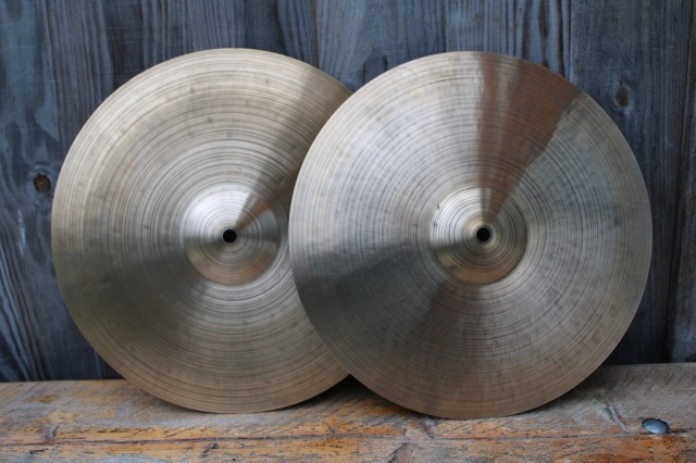 Cymbal and Gong 'Holy Grail' 14'' Hats 734g Bottom 951g
