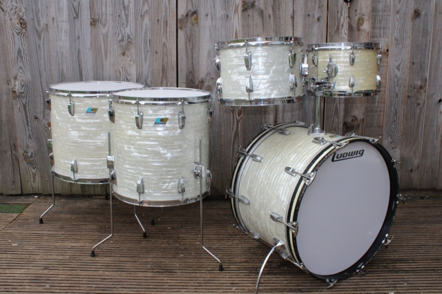 Ludwig Mid 70s Big Beat Outfit in White Marine Pearl