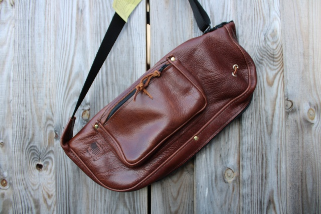 CacSac Gig Bags Stick Bag in 'Heavy Grain' Brown