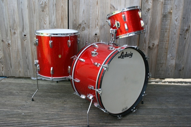 Ludwig 1964 Super Classic Outfit in Red Sparkle