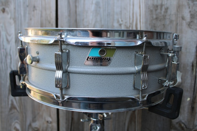 Ludwig 1980s Acrolite 'Rounded' Badge Sn 3128399