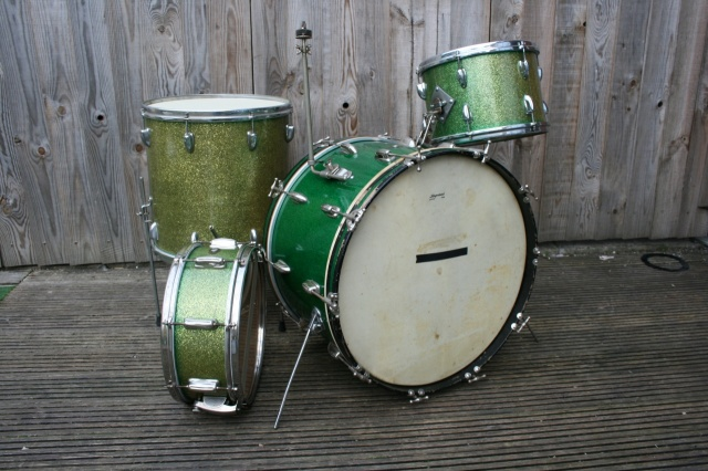 Slingerland 'Mar18 1959' 'Gene Krupa Deluxe' Outfit and Radio King Snare in Green Sparkle