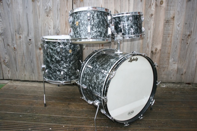 Ludwig 'Nov 1966' Hollywood Outfit in Black Diamond Pearl