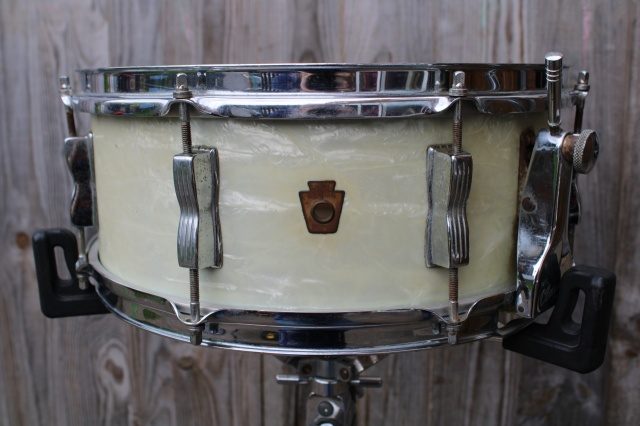 Bovid Percussion 24'' Furry Medium Calf