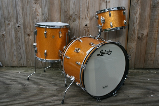 Ludwig 1966 Down Beat Outfit in Gold Sparkle
