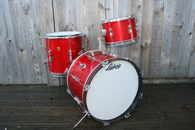 Ludwig60's Clubdate Outfit in Red Sparkle