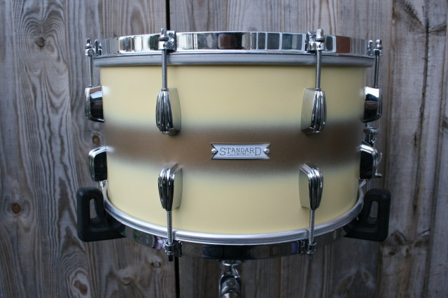 Standard Drum Co 14 x 8 Maple in Cream Gold Duco