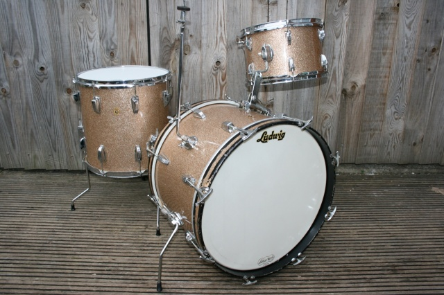 Ludwig 'Feb 1966' DownBeat Outfit in Champagne Sparkle