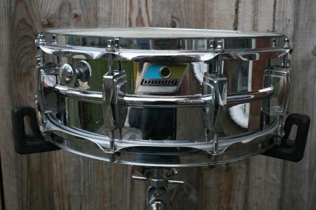 Ludwig 1970 Down Beat in Red Sparkle