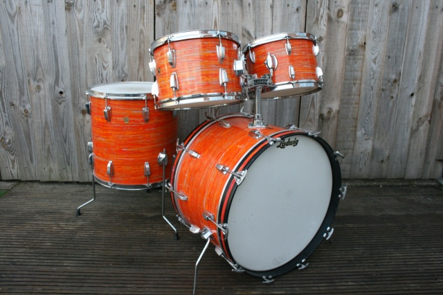 Ludwig 'Dec 11 1967' Hollywood Outfit in Mod Orange
