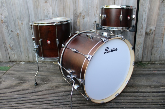 Barton Drum Co Vintage Maple Essential 22 13 16 in Dark Brown Satin