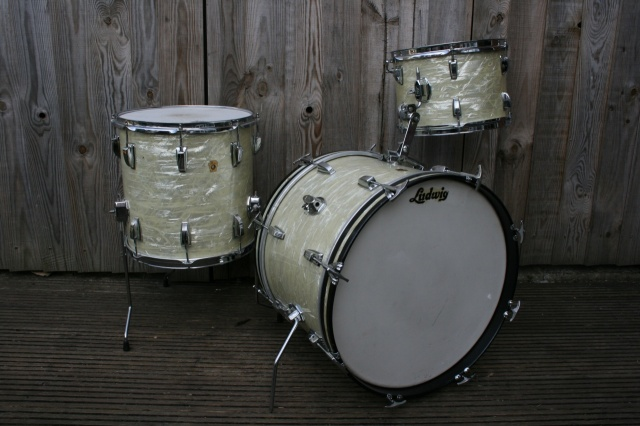 Ludwig 'Jul 1966' DownBeat Outfit in White Marine Pearl