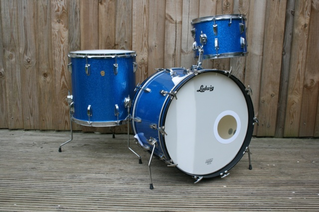 Ludwig 1966 Super Classic in Blue Sparkle