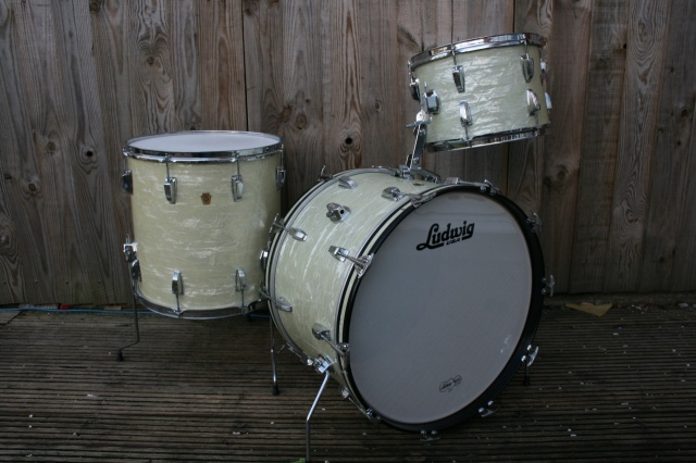 Ludwig 'Jul21 1965' Super Classic Outfit in White Marine Pearl