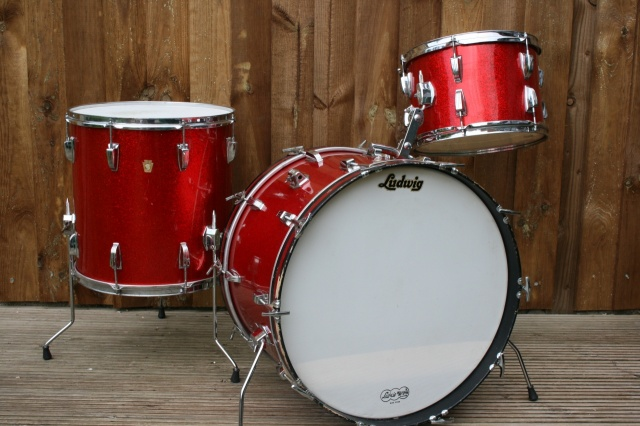 Ludwig 1967 Super Classic in Red Sparkle