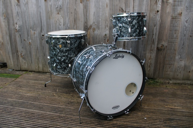 Ludwig 1966 Keystone Super Classic Outfit In Black Diamond Pearl
