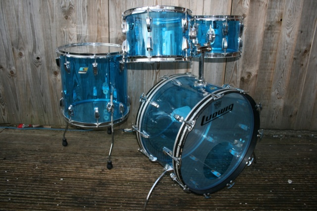 Ludwig 70's Vistalite 'Big Beat' Outfit in Blue