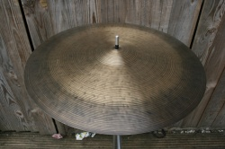 Cymbal and Gong 'Holy Grail' 22'' K 2067g