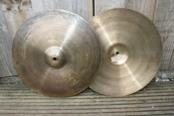 Cymbal and Gong 'Holy Grail' 15'' Hats 898g Top 1082g Bottom