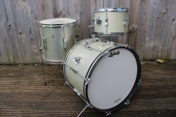 Ludwig 1966 Clubdate Outfit in Silver Sparkle