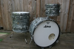 Ludwig 1964 Super Classic Outfit in Blue Oyster