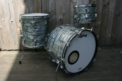 Ludwig 1968 Super Classic Outfit in Sky Blue Pearl