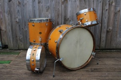 Leedy and Ludwig 1952 Knob Tension Outfit in Sparkling Gold