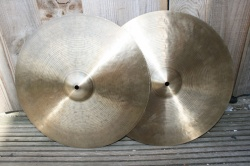 Cymbal and Gong 'Holy Grail' 16'' HiHats 1083g Top 1216g Bottom
