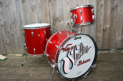 Ludwig 'Apr3 1967' Super Classic Outfit in Red Sparkle