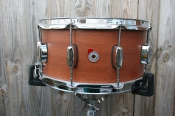 Barton Drum Co Vintage Mahogany Snare in Ribbon Mahogany