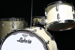 WFL 'Buddy Rich' Super Classic Outfit with 13x3 Snare