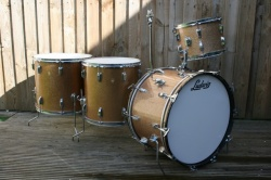 Ludwig 1965-66 Super Classic in Champagne Sparkle