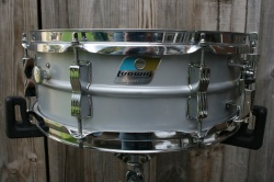 Ludwig Early 1980s Acrolite 'Rounded' Badge Sn 3030665
