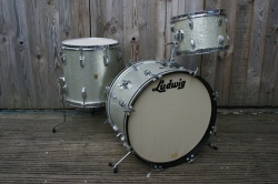 Ludwig Pre-Serial DownBeat Outfit in Silver Sparkle
